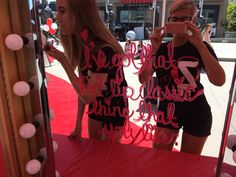 A red lip installation before the Taylor Swift Concert. We had over 2000 people come through.