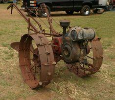 Requisites Of The Home Vegetable Garden Antique Tractors, Vintage Tractors, Vintage Farm, Lawn Equipment, Garden Equipment, Farm Gardens, Outdoor Gardens, Lawn And Garden, Garden Tools