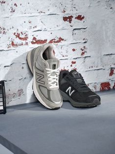 Manufactured in the US for over 75 years and representing a limited portion of our US sales, New Balance Made is a premium collection that contains a domestic value of or greater. Running Sneakers, Running Shoes, Fallen Arches, Morning Running, Us Man, Custom Shoes, Timeless Fashion, New Balance, Latest Fashion