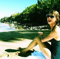 Y es que los trajes de baño de inspiración vintage han formado parte del estilo de Taylor Swift desde que se convirtió en una it girl. Con este bañador de los años 50, por ejemplo, posó en la foto que compartió con sus seguidores en 2014. (Foto: Instagram / @taylorswift).