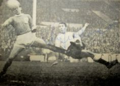 Tottenham 5 Blackpool 2 in Dec 1961 at White Hart Lane. Jimmy Greaves scores a brilliant goal on his debut #Div1