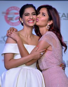 12 pictures that prove Katrina and Sonam can be next BFFs of B-town