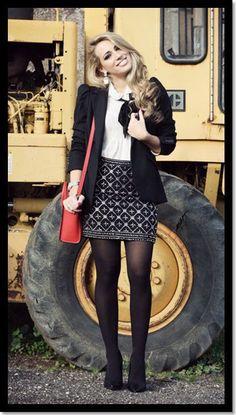 29.01.2013.Look para trabalhar_Look de Inspiração_Look com meia calça_look blazer preto: