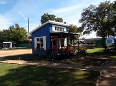 25 best tiny homes for the homeless images small homes tiny rh pinterest com