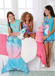 Shop the Sleepover Shop and dream in ocean-inspired hues and splashy graphics.