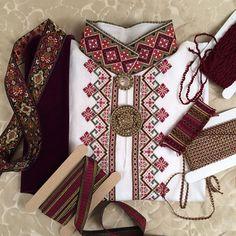 Borduurwerk hemd, bunad van Telemark.