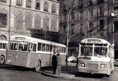 Spain Images, Busse, 1975, Public Transport, Bus Shelters, Black And White, High Road, Sky
