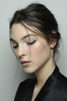 A minimalist approach to makeup.