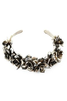 Rose Neck Collar