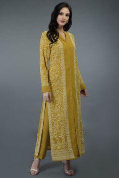 A Global Luxury Design House reinterpreting Indian heritage threads for the modern, discerning consumer Designer Dress For Men, Indian Designer Outfits, Designer Dresses, Kurti Neck Designs, Kurta Designs Women, Blouse Designs, Indian Dresses, Indian Outfits, Sleeves Designs For Dresses