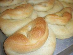 The Best Dinner Rolls EVER! www.larkscountryheart.com #recipes, #dinner, #rolls, #bread
