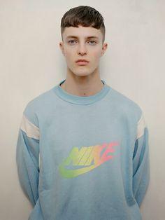 vintage sweater Nike