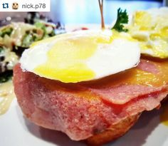 Good breakfast to fuel your day! Happy Monday Morning everyone!  #Repost @nick.p78 with @repostapp.  Egg Benedict at coffeebean Brunei #food #foods #foodie #foodies #foodporn #instafood #foodphotography #foodgasm #eyeem #egg #eggbenedict #coffeebean_brunei @eyeem by coffeebean_brunei
