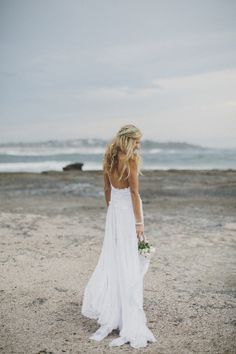 beach bride- sorry posting this cuz I need to have another wedding :) and I love this
