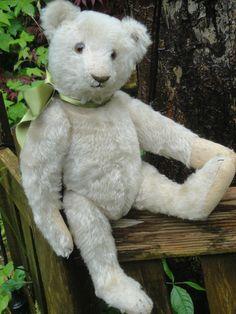 "ADORABLE ANTIQUE WHITE STEIFF TEDDY BEAR TOP 1920s w BUTTON & FLAG 11.8"""