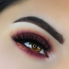 "@anastasiabeverlyhills ""Love Letter"" and ""Venetian Red"" from the Modern Renaissance Palette. ""Pink Heart"" from the MOONCHILD Glow Kit. ""Ebony"" and ""Chocolate"" Dipbrow Pomade. @makeupgeekcosmetics ""Tuscan Sun"" and ""Cherry Cola"" Eyeshadows @sugarpill ""Penelope"" Loose Shadow @slaylashes ""Hypnotic"" lashes"