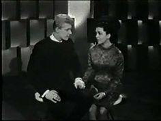 Paul & Paula - Hey Paula: Doesn't show the arrow but is a video when you click on it.