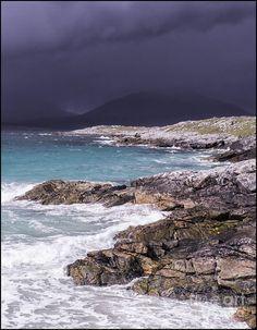 ✯ Storm Approaching Luskentyre