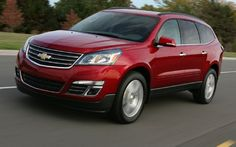 2013 Chevrolet Traverse  Minor Changes for GM's Best-Selling Three-Row Crossover      Read more: http://www.motortrend.com/roadtests/suvs/1203_2013_chevy_traverse_first_look/#ixzz1qYfOaWob