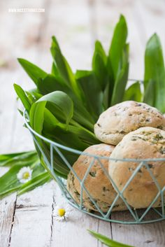 Bärlauchbrötchen und Frühlingssalat   Nicest Things - Food, Interior, DIY: Bärlauchbrötchen und Frühlingssalat
