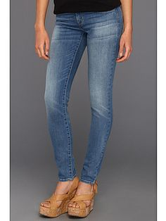 Levi's® Juniors Curve ID Modern Bold Curve Skinny Jean