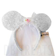 Disney Parks Minnie Mouse Wedding Bride Ears Veil Headband