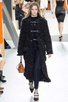 Louis Vuitton, Look #17