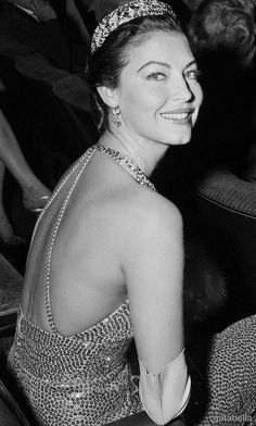 Ava at 32 at the premier of The Barefoot Contessa,, 1954