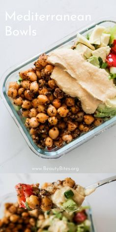 20-Minute Mediterranean Lunch Bowl! This healthy vegan lunch idea is super tasty, very easy to make and gluten-free. If you're eating healthy and making your meals ahead for the week, this clean eating lunch bowl also comes with an easy meal prep option that will help you eat clean for the entire week! Clean Eating Recipes For Weight Loss, Clean Eating Recipes For Dinner, Clean Eating Meal Plan, Easy Family Meals, Easy Meals, Family Recipes, Clean Eating Vegetarian, Eating Healthy, Lunch Bowl Recipe