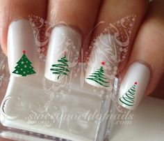 Christmas Tree Nail Art Water Decals Nail Transfers by SWNails Disney Christmas Nails, Christmas Tree Nail Art, Holiday Nail Art, Glam Nails, Cute Nails, Pretty Nails, Winter Nail Designs, Nail Art Designs, Nails Design