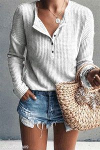 Love the soft comfy feeling of waffle knit! Famulily Women's Waffle Knit Tunic Tops Loose Long Sleeve Button Up V Neck Henley Shirts Beige S Women's Henley, Henley Shirts, Shirt Blouses, Casual Sweaters, Casual T Shirts, Women's Casual, Autumn Casual, Casual Clothes, Cozy Outfits