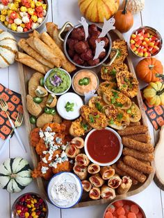 Check out the Farm Rich lineup of delicious, quick and easy frozen snacks and appetizers. We are America's favorite Mozzarella Stick. Halloween Appetizers, Halloween Candy, Yummy Snacks, Yummy Food, Savory Snacks, Snack Platter, Platter Ideas, Football Snacks, Appetizer Recipes