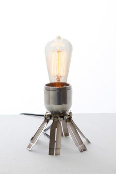 Stockpile Designs: Beacon Lamp