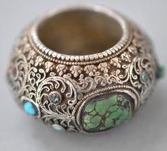 Silver filigree hair ring with inlaid turquoise , Tibetan , 18th c (private collection Linda Pastorino)