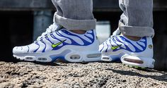 """Nike is rolling out many of their classic runners this year in some very bold and vibrant colors for the warm weather seasons. Up next we can expect to see the Nike Air Max Plus coming to us once again in a special colorway. Footlocker Australia will be releasing the latest """"Sky"""" version of the"""