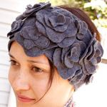 Lots of DIY ear warmers on this site. I would totally wear this!