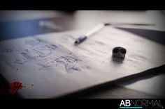 Il progetto prende sempre più forma.. oggi le prime riprese! Uno shot sul set..  Rimanete collegati.. presto fuori il primo teaser!  #SH #ABNORMALPRODUCTION #NEWWORK #NEWPROJECT #SET #SHOT #SKULL #YATTAMAN #JEWEL #ANDREA925 (Andrea925) #COMIC #FUMETTO #DRAW