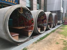 This restaurant near my house uses concrete sewer pipes for outdoor seating : mildlyinteresting Container Home Designs, Wc Container, Coffee Shop Design, Cafe Design, House Design, Kiosk Design, Restaurant En Plein Air, Container Restaurant, Restaurant Interior Design
