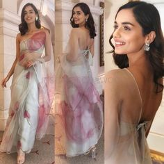 Miss world# manushi chillar. with brain 🌌 Desi Wedding Dresses, Indian Wedding Outfits, Wedding Sarees, Indian Outfits, Trendy Sarees, Stylish Sarees, Saree Draping Styles, Saree Styles, Dress Indian Style