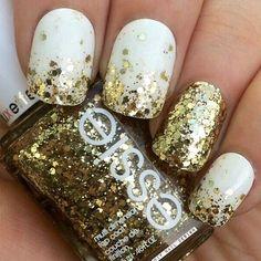 white and gold glitter nails!