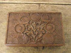 LOVELY VINTAGE CARVED WOODEN BOX WITH FLOWER DESIGN | eBay