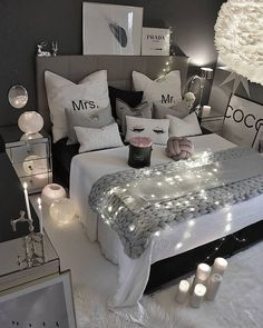 47 very beautiful and comfortable bedroom decor ideas 20 Bohemian Bedroom Decor Beautiful Bedroom Comfortable Decor Ideas Bedroom Ideas For Teen Girls Tumblr, Cute Bedroom Ideas, Girl Bedroom Designs, Teen Girl Bedrooms, Teen Bedroom, Grey Bedroom Design, Master Bedroom, Bohemian Bedroom Decor, Cozy Bedroom