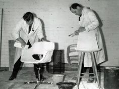 Olli Mannermaa and Olof Pira work on their chairs. Mannermaa's Kilta chair became Finland's first plastic chair, while Pira's chair did not make it into production. Florence Knoll, Hans Wegner, Marimekko, Icon Design, Sculpting, Furniture Design, Image, Office Chairs, Architects
