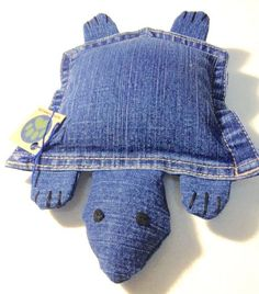 74 Great DIY ideas for recycling old jeans - Diy Projekte - DIY Crafts Sewing Hacks, Sewing Crafts, Sewing Projects, Sewing Tutorials, Diy Projects, Sewing Tips, Jean Crafts, Denim Crafts, Jeans Recycling