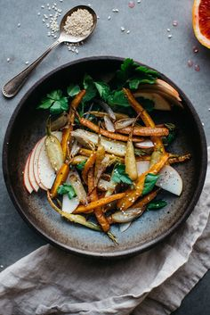 fennel roasted carrot + shallot salad w/ shaved apple dolly and oatmeal Vegetable Recipes, Vegetarian Recipes, Healthy Recipes, Carrot Recipes, Vegan Vegetarian, Whole Food Recipes, Cooking Recipes, Clean Eating, Healthy Eating