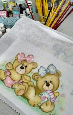 Pintura One Stroke Painting, Tole Painting, Fabric Painting, Brother Innovis, Applique Templates, Paint Party, Drawing Techniques, Toy Boxes, Beautiful Babies