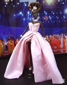 Ninimomo's Barbie. Африка. 2009/2010