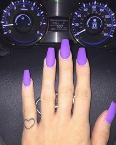 ❈ ⋆ neon purple nails, neon acrylic nails, coffin nails short, neon t Neon Purple Nails, Purple Acrylic Nails, Summer Acrylic Nails, Summer Nails, Bright Purple, Bright Summer Gel Nails, Painted Acrylic Nails, Violet Nails, Gray Nails