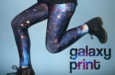 Bem galaxy print, toda trabalhada no illuminati!! | Subúrbio da Moda