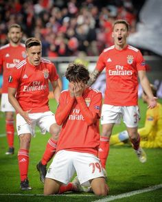 Portugal wonderkid Joao Felix became the youngest ever hat-trick scorer in UEFA Europa League history. Felix, is widely regarded as one of Betting Tips - Free Bets - Best Betting Tips 'New breaks incredible UEL record Soccer News, Sports News, Sport Football, Football Players, Neymar, Benfica Logo, Ronaldo, Manchester United Transfer, Volleyball
